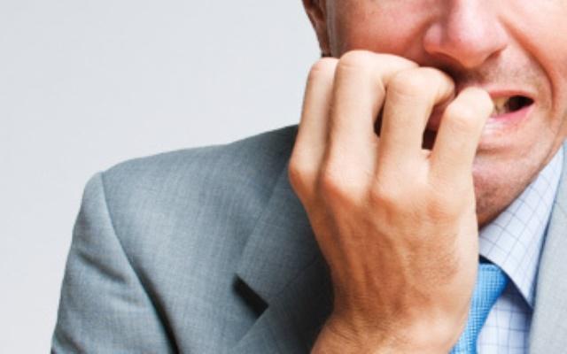 Como pode a ansiedade perturbar a sua tomada de decisões