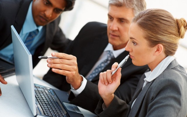 Business-meeting-photo-website-IDI-e1375141940267-640×400
